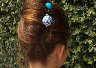 epingle fimo hawai grosse perle bleu marine et epingle resine turquoise sanaru sur mer 2016